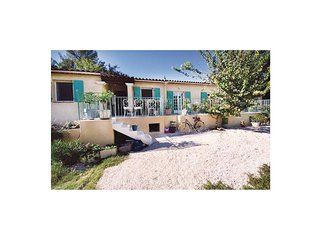 3 bedroom Villa in Sainte-Anastasie-sur-Issole, France - 5539103