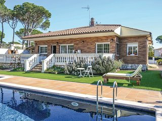 4 bedroom Villa in Vidreres, Catalonia, Spain : ref 5545733