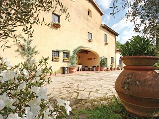 6 bedroom Villa in La Porta, Tuscany, Italy : ref 5540257