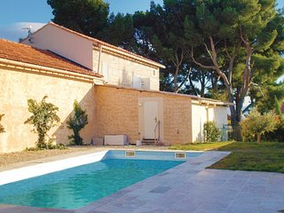 3 bedroom Villa in Rasteau, Provence-Alpes-Cote d'Azur, France : ref 5552014