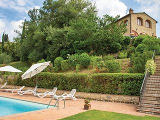 3 bedroom Villa in San Martino a Maiano, Tuscany, Italy - 5548376