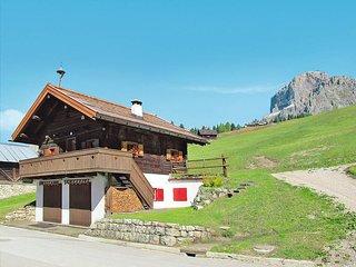 3 bedroom Villa in Pecol, Trentino-Alto Adige, Italy : ref 5437559