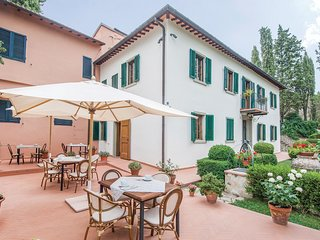 5 bedroom Villa in Castellinuzza, Tuscany, Italy : ref 5549575