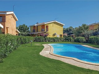 2 bedroom Villa in Solinas, Sardinia, Italy : ref 5543989