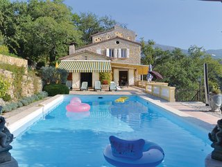 5 bedroom Villa in Saint-Marc-Jaumegarde, Provence-Alpes-Cote d'Azur, France : r