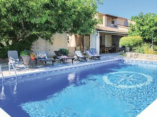 3 bedroom Villa in Lagnes, Provence-Alpes-Cote d'Azur, France : ref 5543524