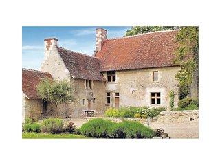 3 bedroom Villa in Cheille, Centre, France : ref 5539143