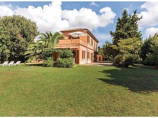 4 bedroom Villa in Il Giardino, Tuscany, Italy : ref 5540276