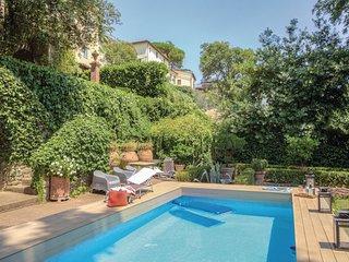 6 bedroom Villa in Cantagrillo, Tuscany, Italy - 5540458