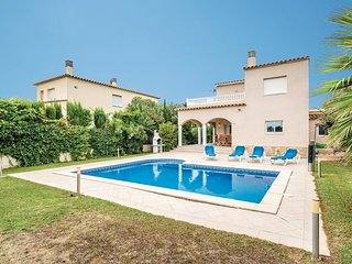 4 bedroom Villa in Sant Pere Pescador, Catalonia, Spain : ref 5549820