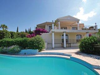 5 bedroom Villa in Saint-Peïre-sur-Mer, Provence-Alpes-Côte d'Azur, France : ref