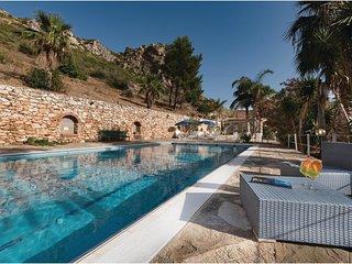 5 bedroom Villa in Castelluzzo, Sicily, Italy : ref 5543106