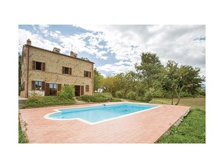5 bedroom Villa in Pilotti, The Marches, Italy : ref 5548707