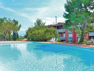 2 bedroom Apartment in Desenzano del Garda, Lombardy, Italy : ref 5543137