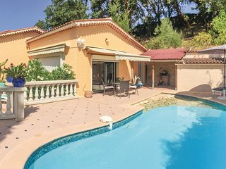 2 bedroom Villa in Le Planestel, Provence-Alpes-Côte d'Azur, France : ref 554815