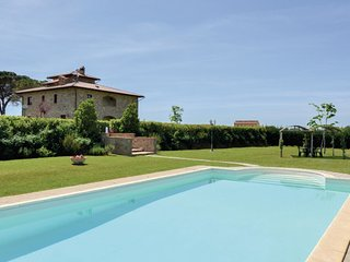 3 bedroom Apartment in Fratta-Santa Caterina, Tuscany, Italy : ref 5540160