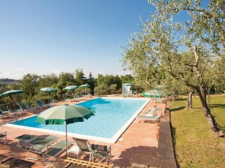 4 bedroom Villa in Taviano, Tuscany, Italy : ref 5540222