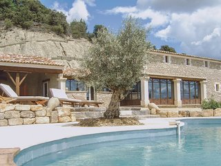 6 bedroom Villa in Croagnes, Provence-Alpes-Cote d'Azur, France : ref 5539406