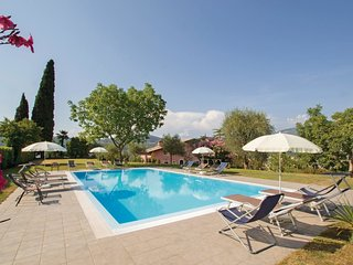 2 bedroom Apartment in Garda, Veneto, Italy : ref 5548442