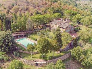 4 bedroom Villa in Molino del Calcione, Tuscany, Italy : ref 5548367