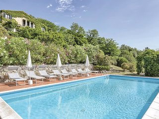 4 bedroom Villa in Podere Dottrina, Tuscany, Italy : ref 5548393