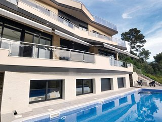 6 bedroom Villa in Sant Genis de Palafolls, Catalonia, Spain : ref 5538627