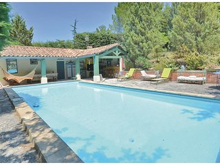 2 bedroom Villa in Roussillon, Provence-Alpes-Cote d'Azur, France : ref 5539451