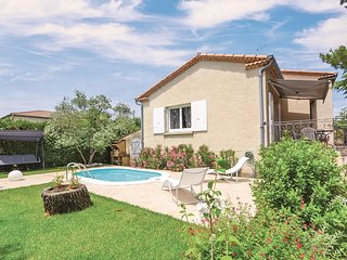 3 bedroom Villa in Les Angles, Occitania, France : ref 5539223