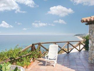 3 bedroom Villa in Costa dei Monaci, Calabria, Italy : ref 5539829