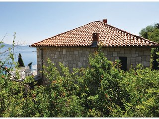 3 bedroom Villa in Trpanj, Dubrovacko-Neretvanska Zupanija, Croatia : ref 556297