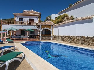 6 bedroom Villa in Sayalonga, Andalusia, Spain : ref 5538411