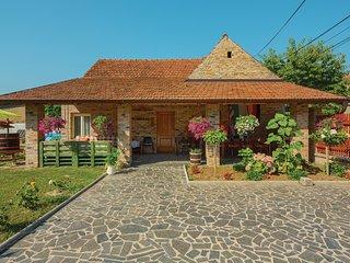 3 bedroom Villa in Dalj, Osjecko-Baranjska Zupanija, Croatia : ref 5546491