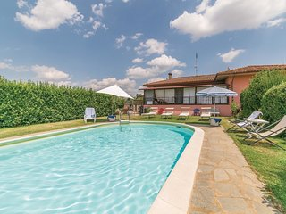 3 bedroom Villa in Selluzza, Tuscany, Italy : ref 5540098
