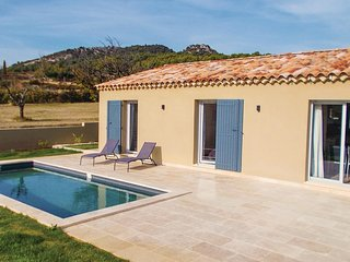 3 bedroom Villa in Saint-Hippolyte-le-Graveyron, Provence-Alpes-Cote d'Azur, Fra
