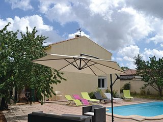 4 bedroom Villa in Bassan, Occitania, France : ref 5551121