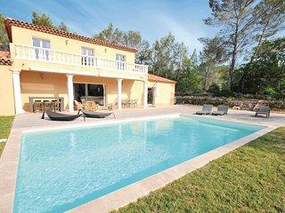 5 bedroom Villa in Les Saquetons, Provence-Alpes-Côte d'Azur, France : ref 55391