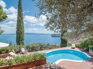 6 bedroom Villa in Porto Santo Stefano, Tuscany, Italy : ref 5541160