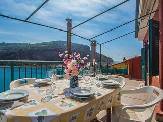 3 bedroom Apartment in Portovenere, Liguria, Italy : ref 5539844