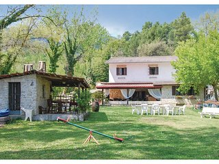 5 bedroom Villa in Roselli, Umbria, Italy : ref 5540598