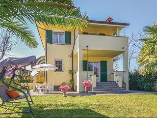 3 bedroom Villa in Le Bocchette, Tuscany, Italy : ref 5543289