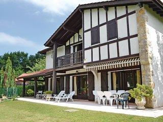 3 bedroom Villa in Serres-Castet, Nouvelle-Aquitaine, France : ref 5538873