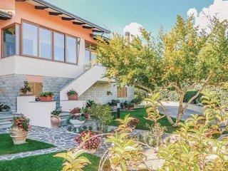 4 bedroom Villa in Collemancio, Umbria, Italy : ref 5549632