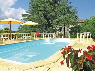 4 bedroom Villa in Juignac, Nouvelle-Aquitaine, France : ref 5539152