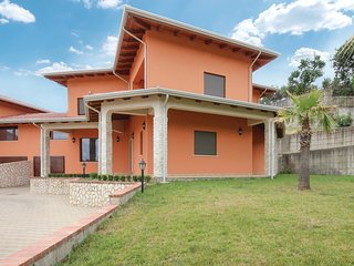 6 bedroom Villa in Forge Vecchie, Calabria, Italy : ref 5547392