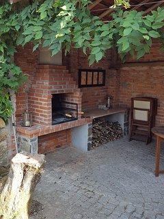 Casa do Limao - beautiful rural & traditional Portuguese villa with private pool