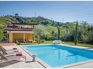 4 bedroom Villa in Avenza, Tuscany, Italy : ref 5540507