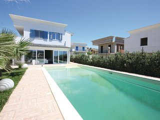 3 bedroom Villa in Lido Rossello, Sicily, Italy : ref 5543577