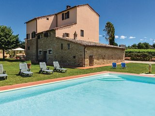 8 bedroom Villa in Le Casine-Perignano-Spinelli, Tuscany, Italy : ref 5540143