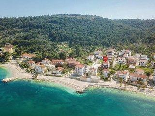 4 bedroom Villa in Slatine, Splitsko-Dalmatinska Županija, Croatia : ref 5563316