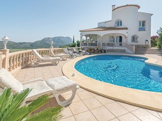 4 bedroom Villa in Casas Alfás, Region of Valencia, Spain - 5538488